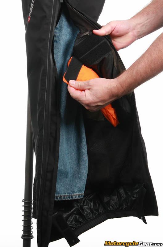 Fist gear escape pants that interrupt
