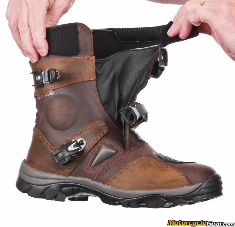 Viewing Images For Forma Adventure Low Boots Motorcyclegear Com